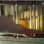 Machine converts plastic into oil!